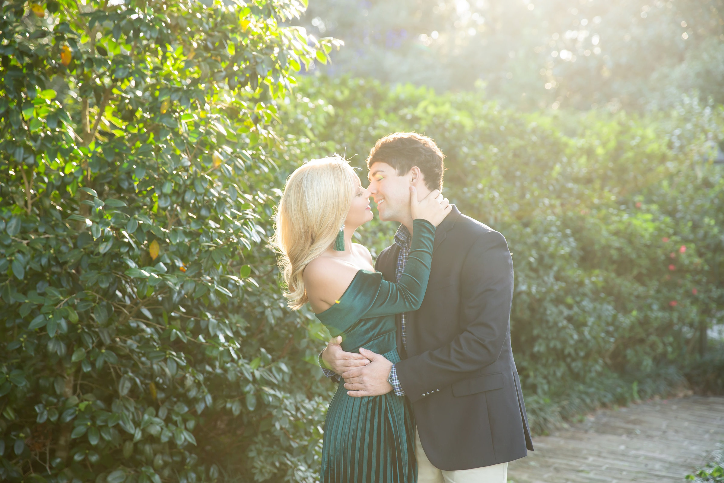 engagement session at bellingrath gardens in alabama