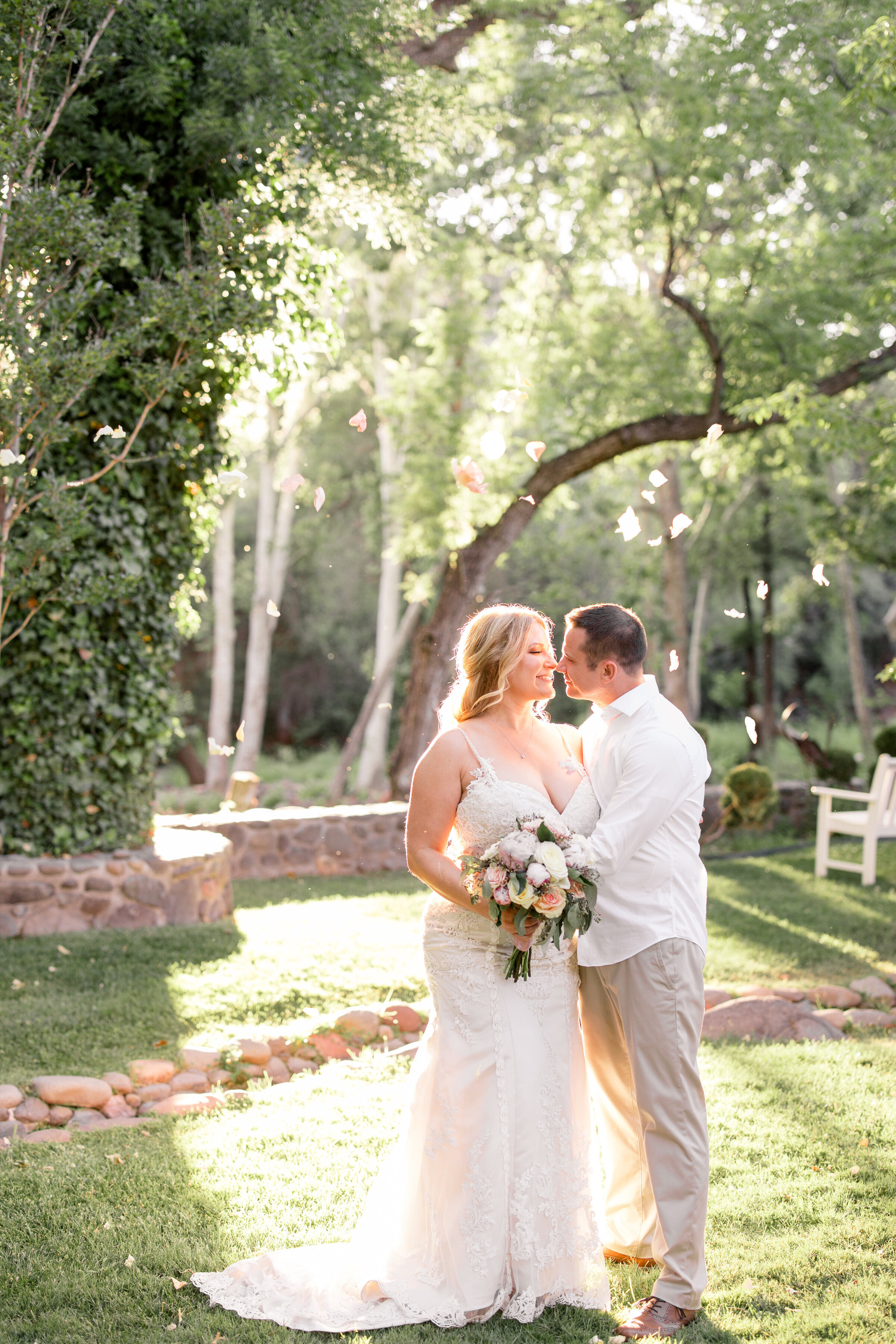 A Bride and Groom elope in Sedona, AZ