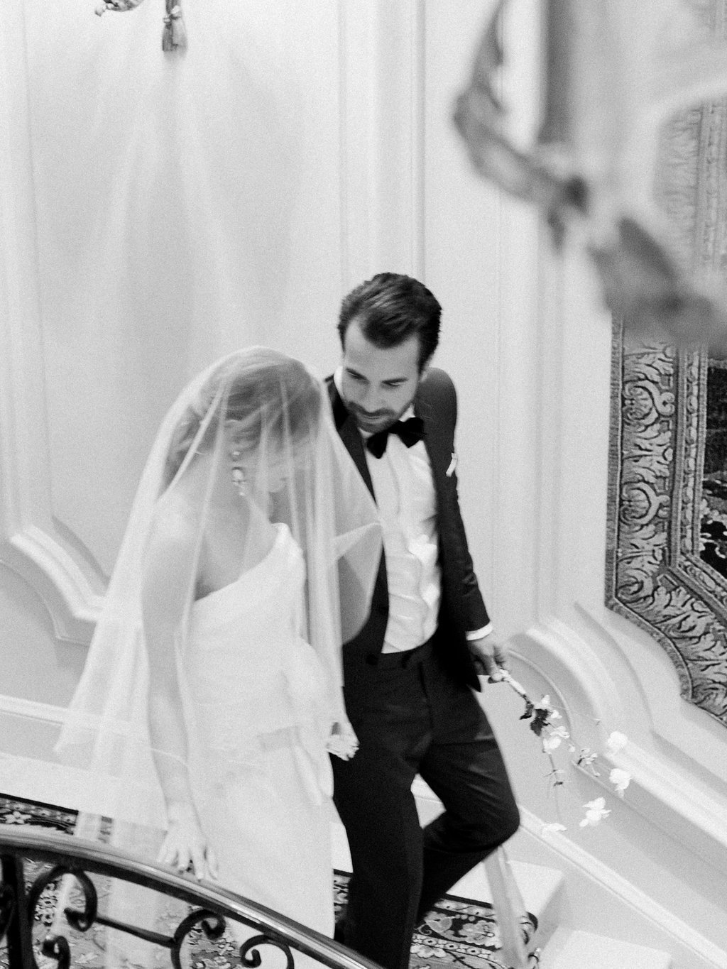 Jacqueline Anne Photography, Wedding Couple captured in Paris