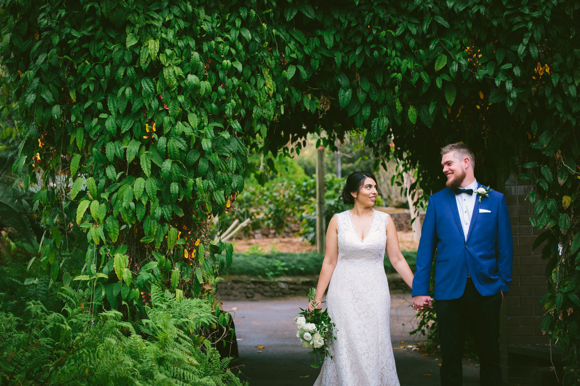 Mel_Tom_MountCoot-tha_BotanicalGardens_Darling&Co_WeddingPhotography_AnnaOsetroff_Website-64