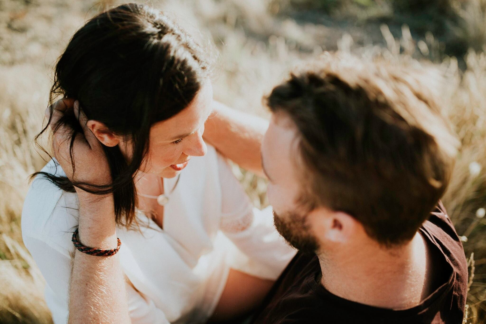 intimate-couples-photography-melbourne-sapphire-and-stone-photography