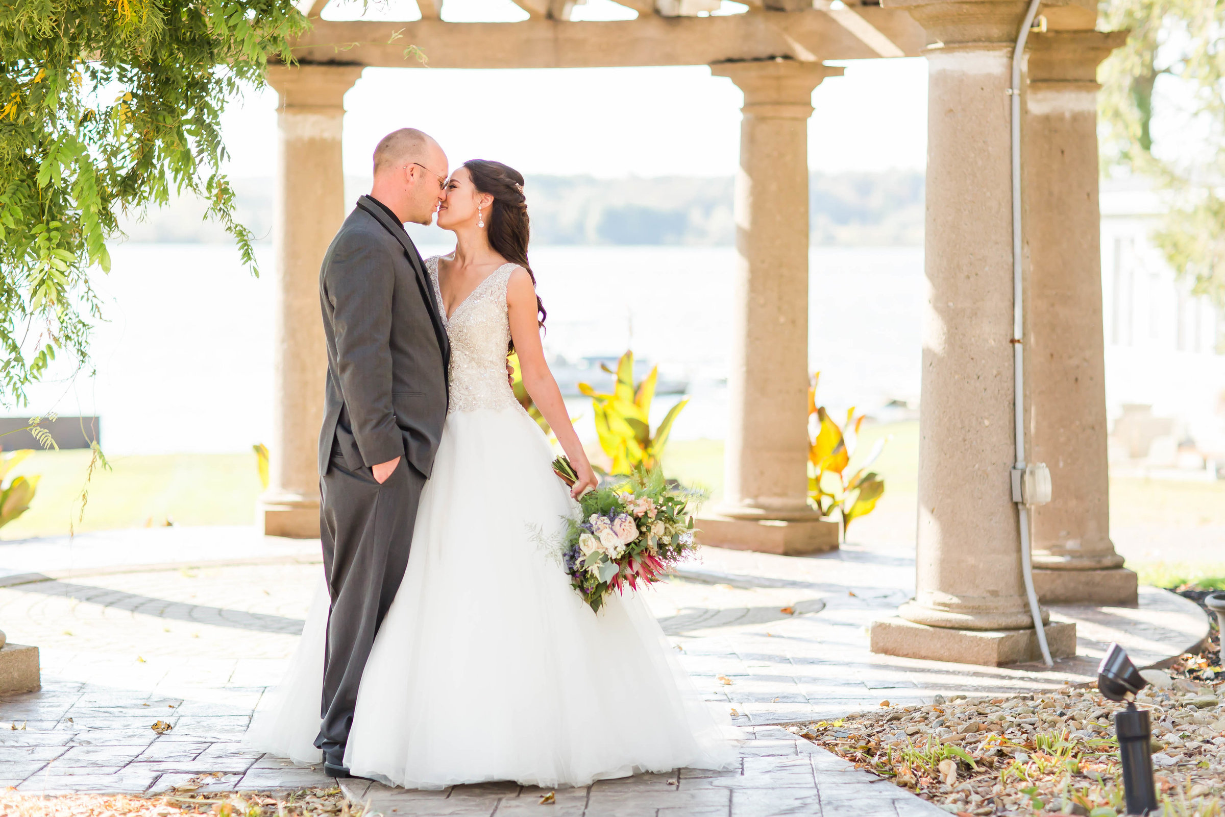 bride and groom oaks lakeside portrait