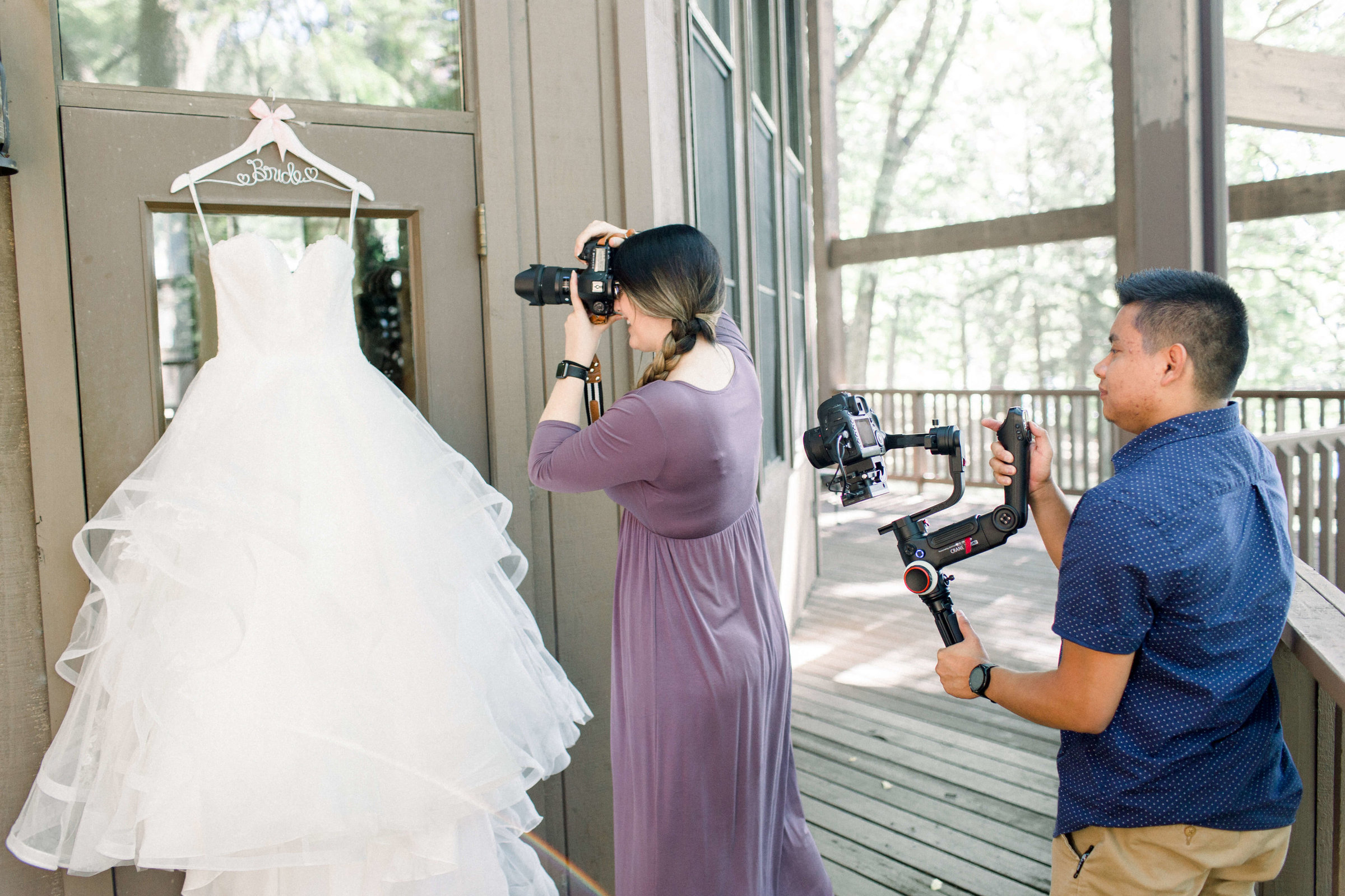 FEHRMAN_GettingReady_KalamazooWeddingPhotographer_CynthiaBoyle-124