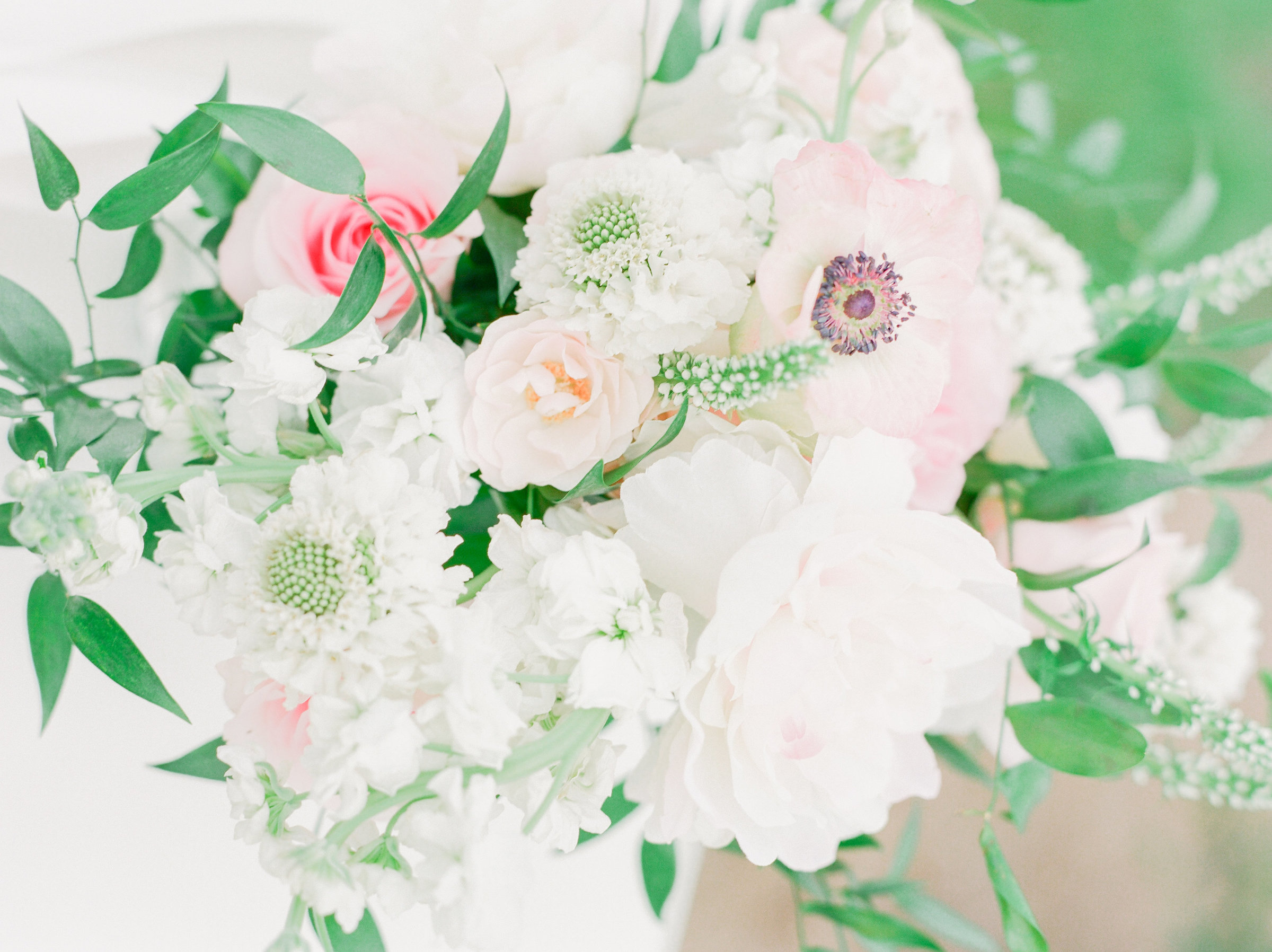 floral arrangements- Jesse Carleton Photography