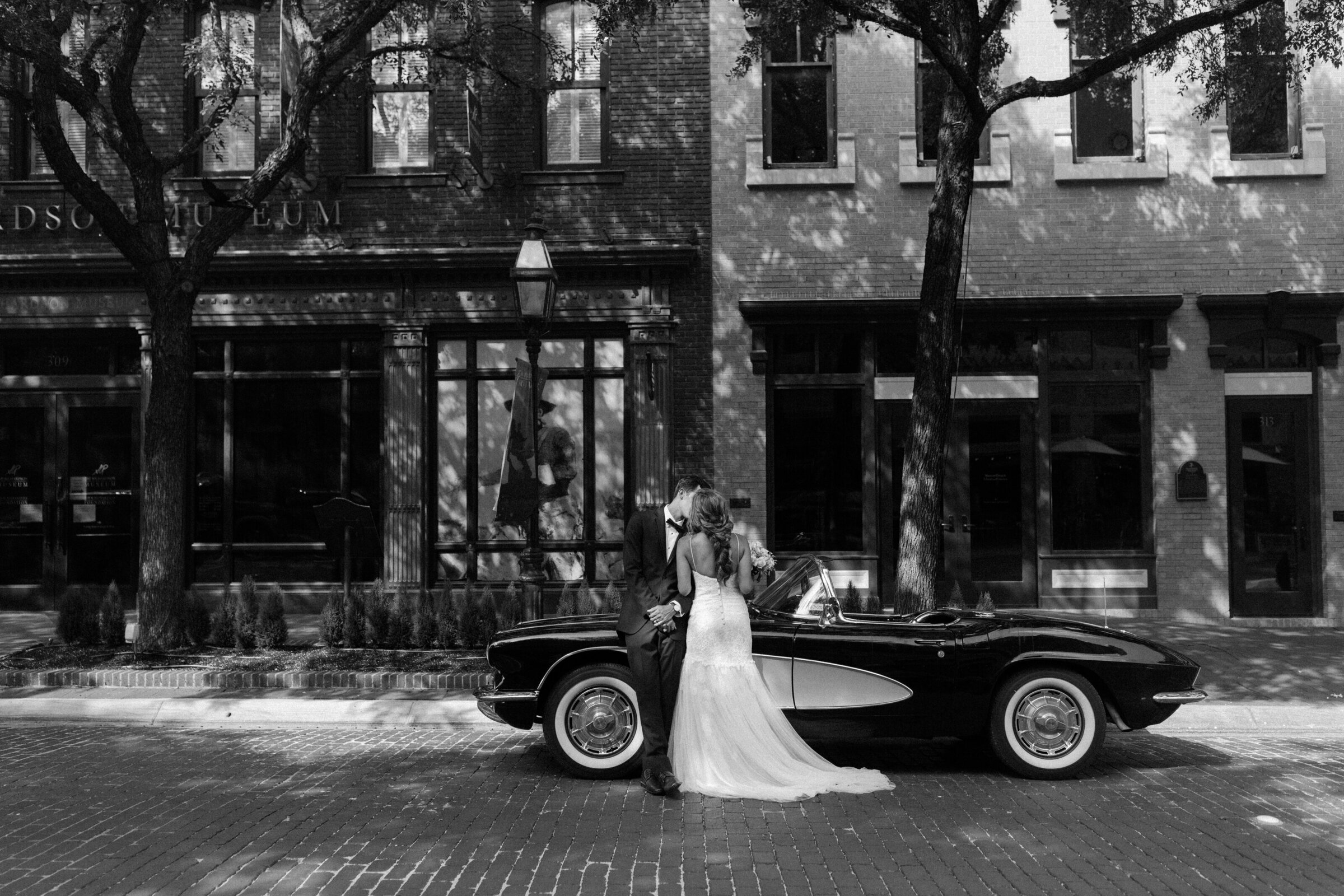 Dallas-Texas-Wedding-Vintage-Emily-Francis-Photography-9773