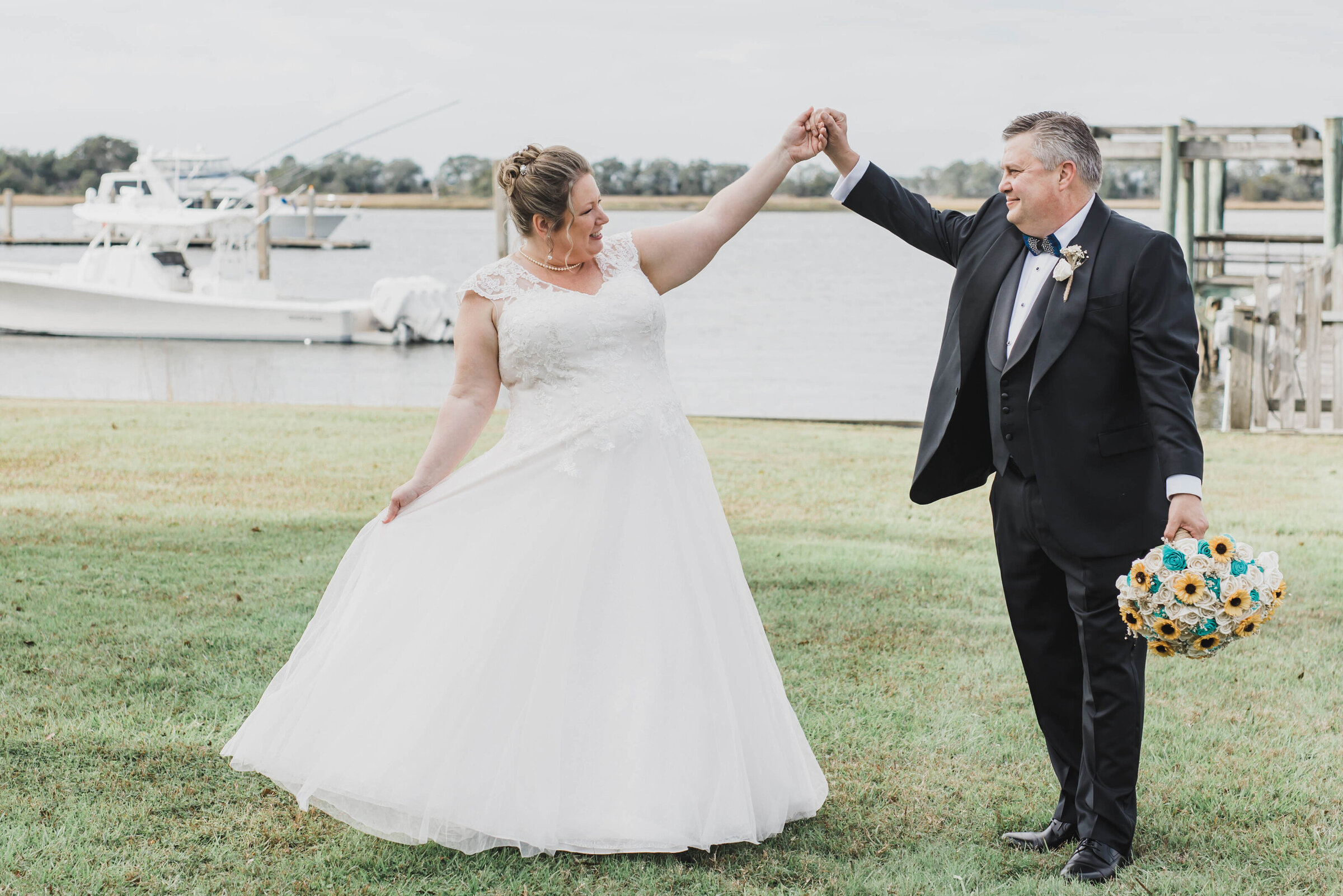 bride and groom dancing photo at the island house