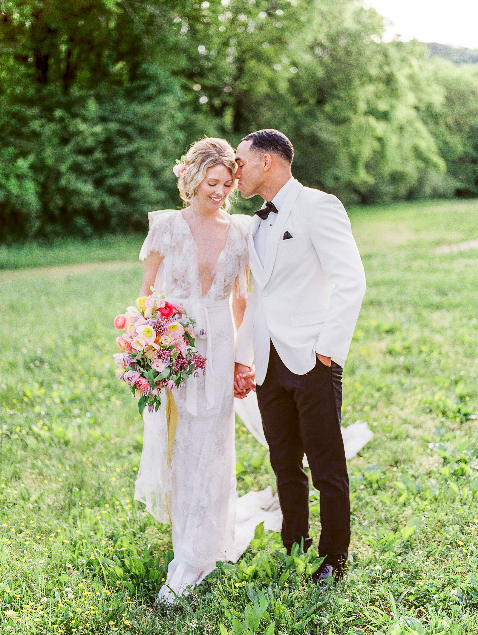 Megan_Harris_Photography_Fine_Art_Green_Door_Gourmet_Nashville_Wedding (15 of 33)