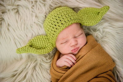 Newborn studio photography sessions. Yoda and Starwars newborn session