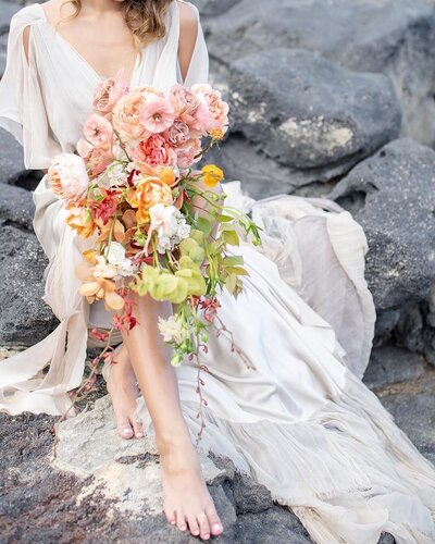 Tropical-bridal-bouquet- designs-byhemingway