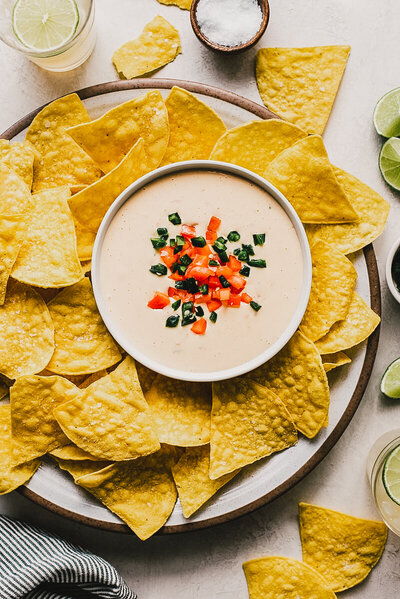 easy-mexican-queso-dip-small-5