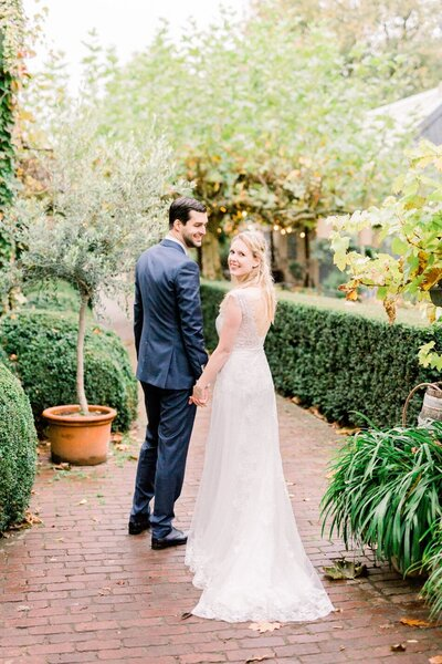 Charlotte+Rob_Domaine-Heerstaayen_MichelleWeverPhotography-147-1