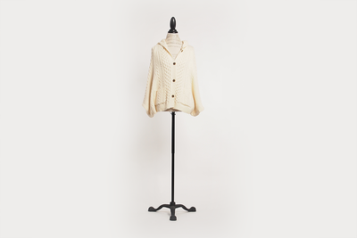 anthroplogie-knit-cape-cream-03