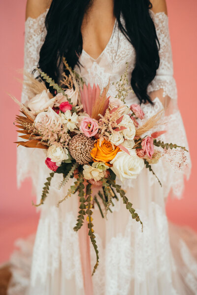 Spacey Kacey shoot boho bride and organic bouquet