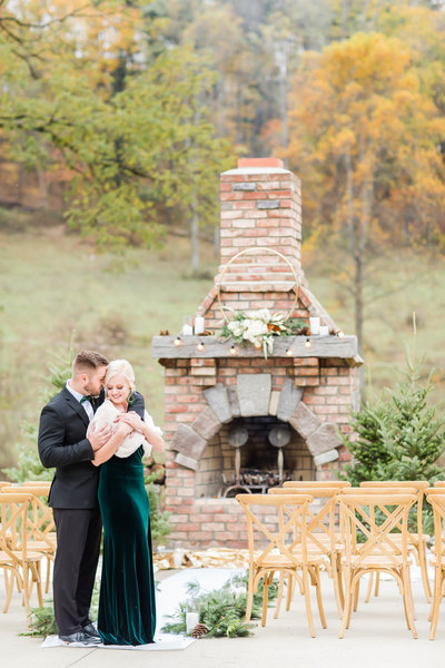 Emerald and gold styled shoot with bride in velvet green dress at Rivercrest Farm photographed by akron ohio wedding photographer