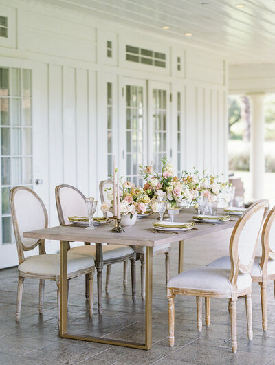 Hawaii- table-florals-designs-by-hemingway