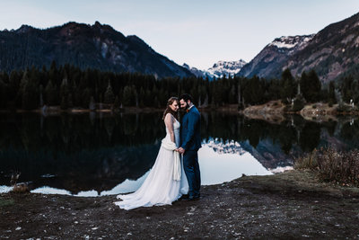 Oregon_elopement_Gold_Creek_pond_Adventure_wedding_photography (530 of 793)