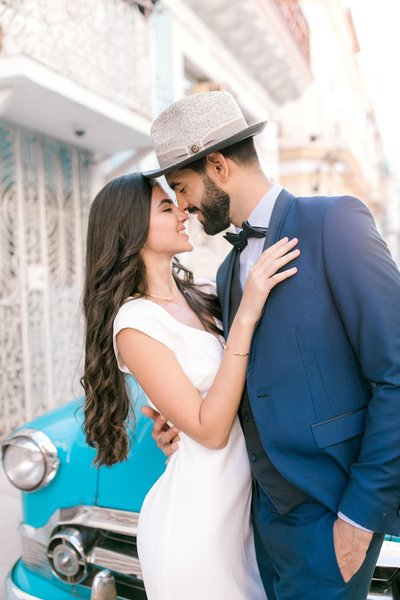 Magdalena+Studios+Destination+Wedding+Photographer+Havana+Cuba+Stylish+Elopement9