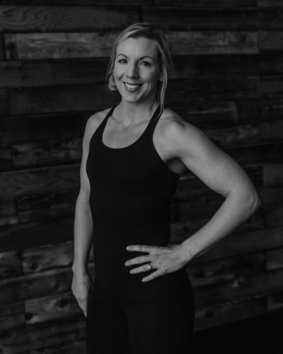 lisa-tacoma-coach-vie-athletics-096-BW