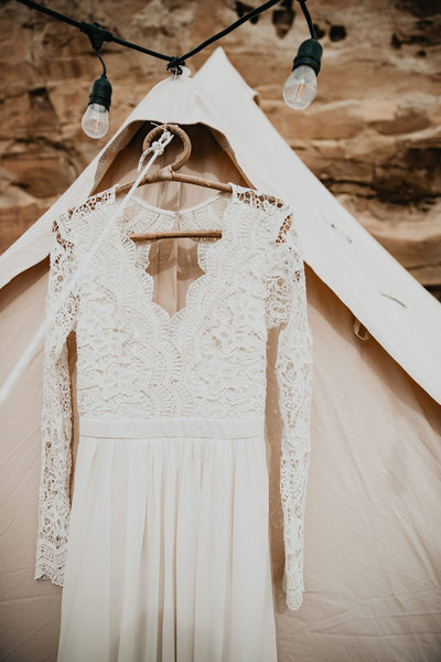 arizona-new-mexico-colorado-adventure-elopement-wedding-photographer-038