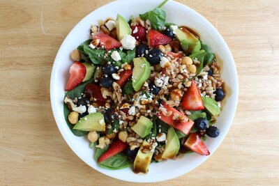summer-berry-farro-salad