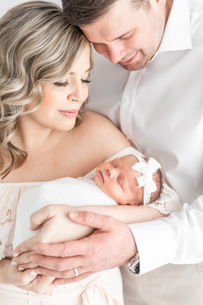 Best Newborn and Family Photographers in Akron Ohio
