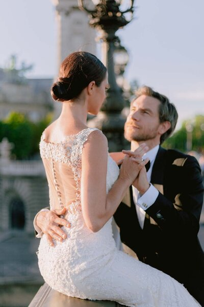 Engagement-elopement-paris-photographer-23