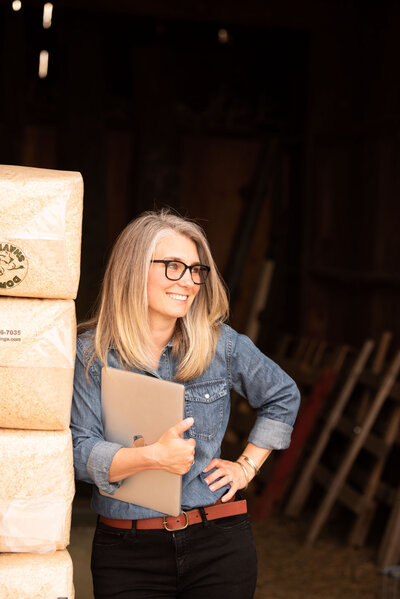 Photo of Showit Expert, Liz Langford-Cobo in her barn