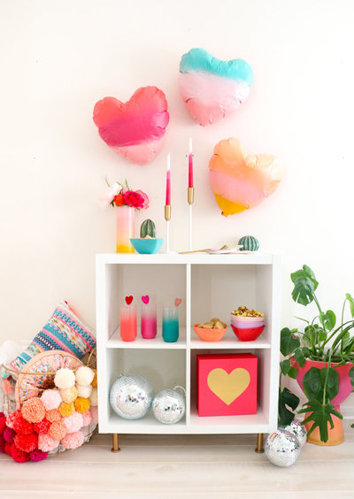 DIY Gradient Heart Balloons-4