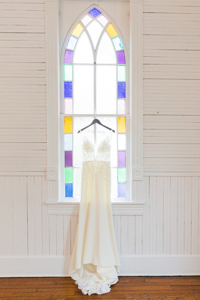 Feeney-MecuryHall-Wedding-Featured-2