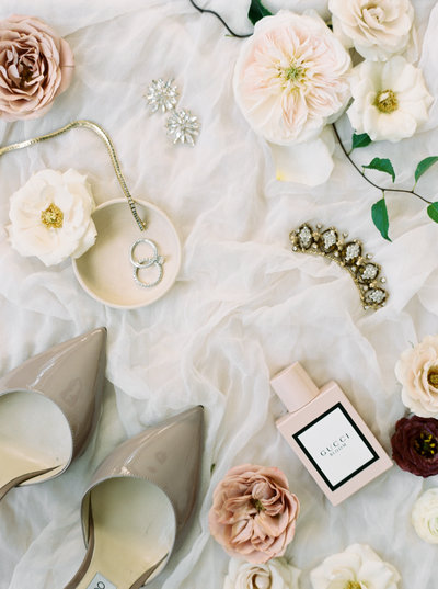 Styled fine details for a small intimate wedding in Italy