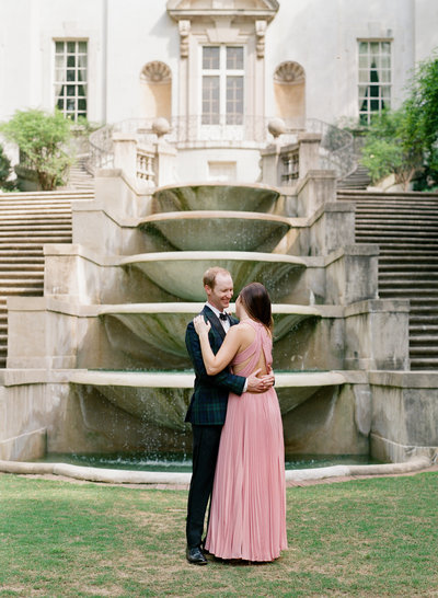 Swan House Engagement Session-1014