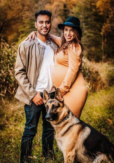 Maternity Session with dog Maryland