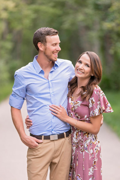Menomonee-Park-Engagement-Photos-Wisconsin-09