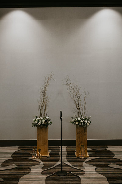 omaha-wedding-planner-and-floral-designer-modern-fall-wedding-capitol-district-marriot-downtown-omaha85