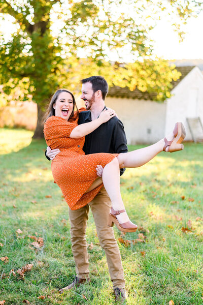 fall-valley-forge-park-engagement-andrea-krout-photography-42