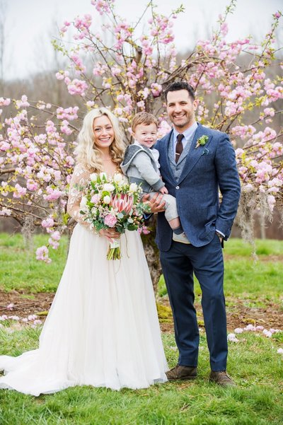 Spring Wedding at Bishops Orchards in Guilford, CT