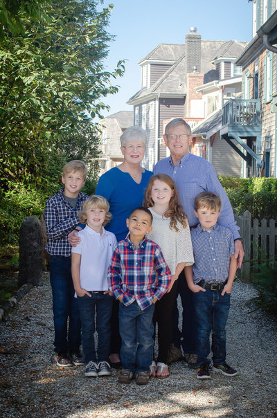 Multi family generational family reunion portraits  in Seabrook WA Vacation home by Juli Bonell Photography