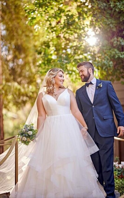 plus size boho bridal gown, simple crepe