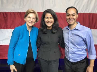Ana Isabel with Julian Castro and Elizabeth Warren