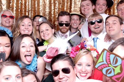 more than ten smily faces on this photo. photo booths ROCK