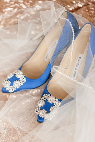 blue and blush wedding details at Pine Knob Mansion