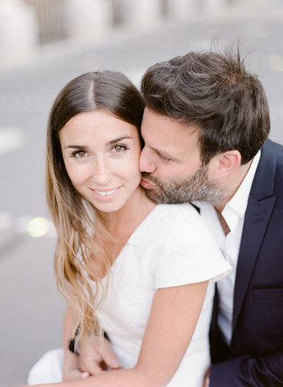 palais-royal-paris-engagement-photographer-jeanni-dunagan-21