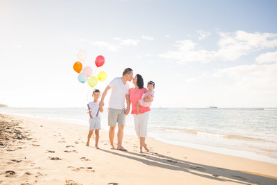 What to wear for Maui family portraits