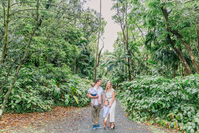 Blog-hoomaluhia family session by hawaii family photographer veronica ilioi photography-0029
