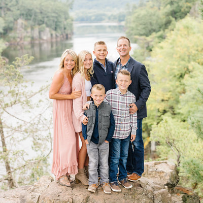 Minneapolis, St. Paul, Minnesota family and senior portrait photographer