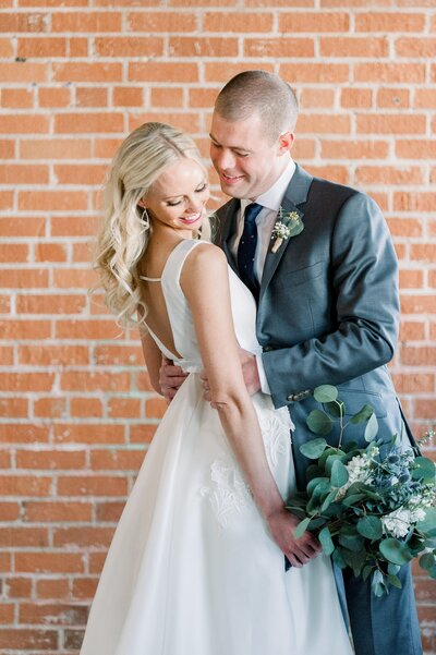 Warehouse 215 - Leslie Ann Photography - Phoenix Arizona Wedding Photography