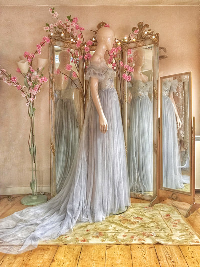 Heron-blue-grey-tulle-wedding-dress-JoanneflemingDesign-9