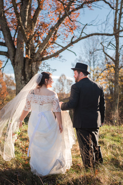 November wedding day at the Golden Horseshoe Inn
