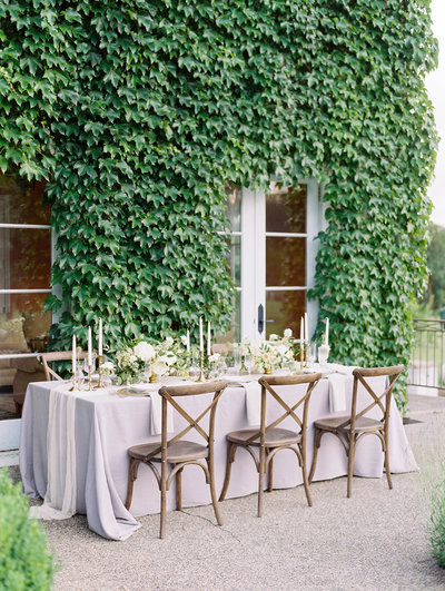 gorgeous wedding reception table at monet vineyards near portland, or