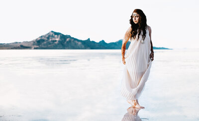 Utah Salt Flats Elopement Inspiration - Photo by Marina Rey Photography LLC-